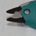 Sú elektrické nožnice praktické do záhrady?