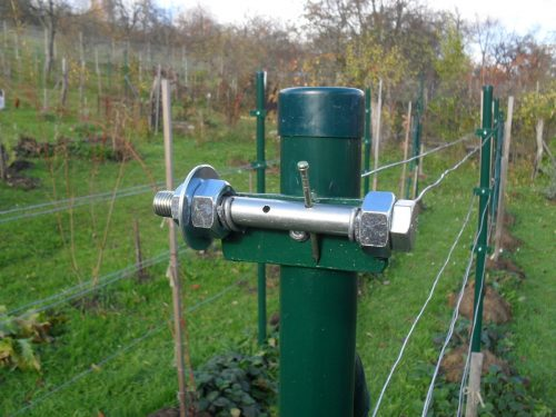 napínač drôtu vedenia viniča